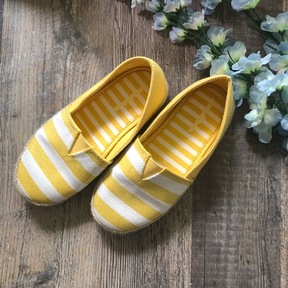 347441cc943d9 Hanna Andersson | Paulina Yellow & White Shoes